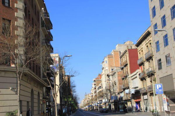Улицы от площади Испании