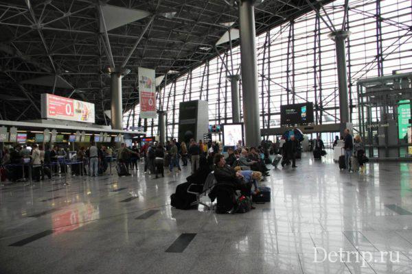 задержка рейса ожидание в аэропорту