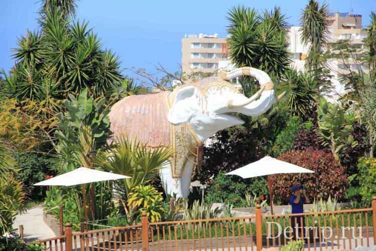 слон в сиам парке