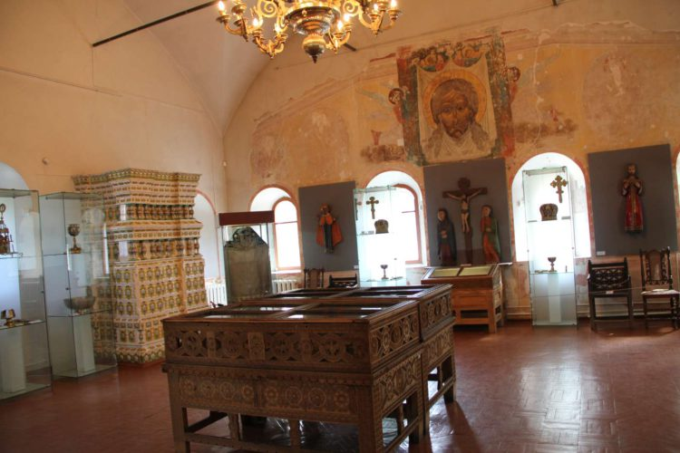 Внутри палат князей