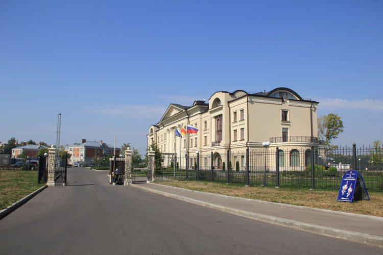 Территория отеля Волжская Ривьера